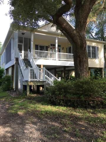 117 SE 2nd Street, Oak Island, NC 28465 (MLS #100219850) :: Carolina Elite Properties LHR