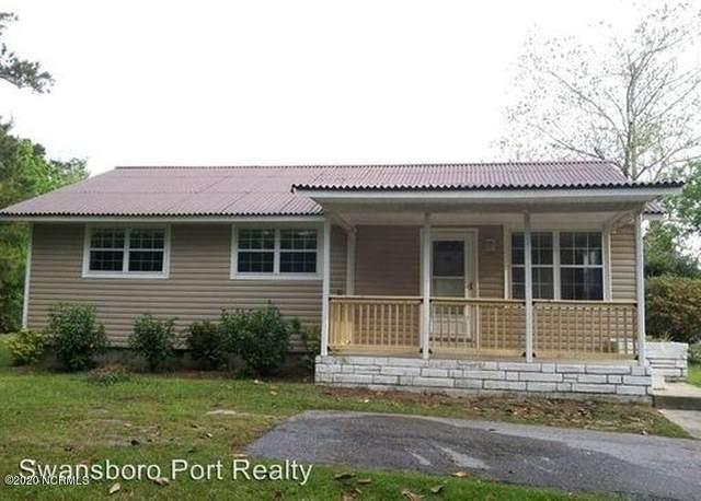 656 W Shore Drive, Swansboro, NC 28584 (MLS #100220668) :: Courtney Carter Homes