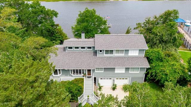 2916 W Yacht Drive, Oak Island, NC 28465 (MLS #100220921) :: Coldwell Banker Sea Coast Advantage