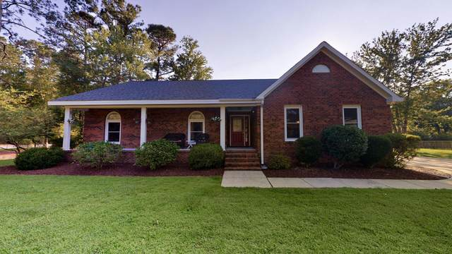 2000 Clubhouse Drive, New Bern, NC 28562 (MLS #100224709) :: Lynda Haraway Group Real Estate