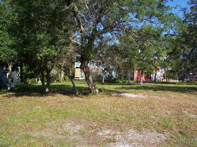 10 NE 50th Street, Oak Island, NC 28465 (MLS #100225183) :: Coldwell Banker Sea Coast Advantage
