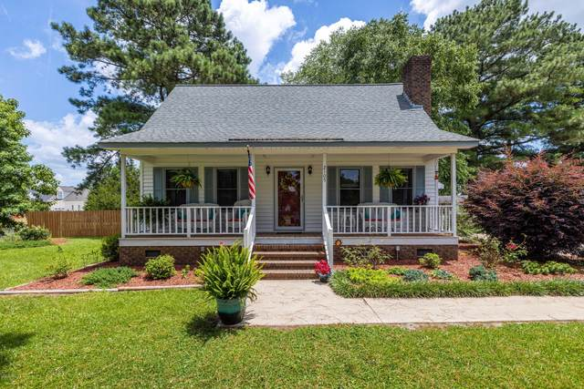 2105 Forest Place, Winterville, NC 28590 (MLS #100225711) :: Stancill Realty Group