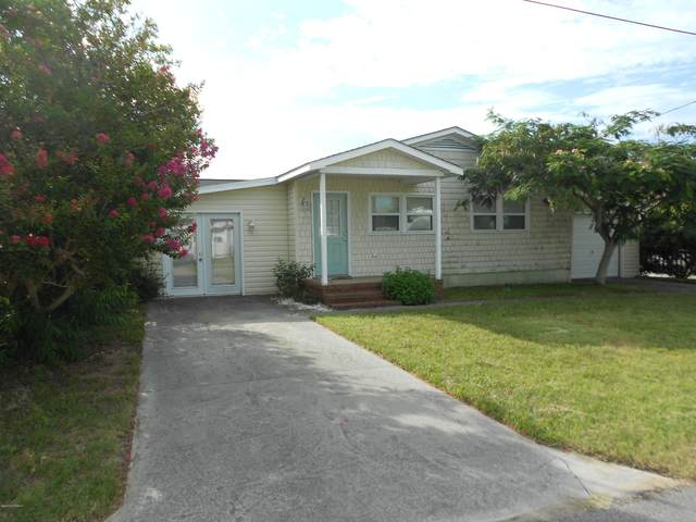 305 Fifth Avenue S, Kure Beach, NC 28449 (MLS #100228342) :: Coldwell Banker Sea Coast Advantage