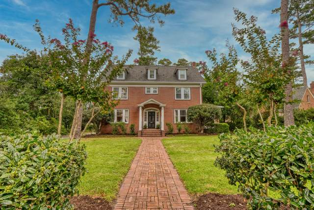 305 Forest Hills Drive, Wilmington, NC 28403 (MLS #100232898) :: Castro Real Estate Team