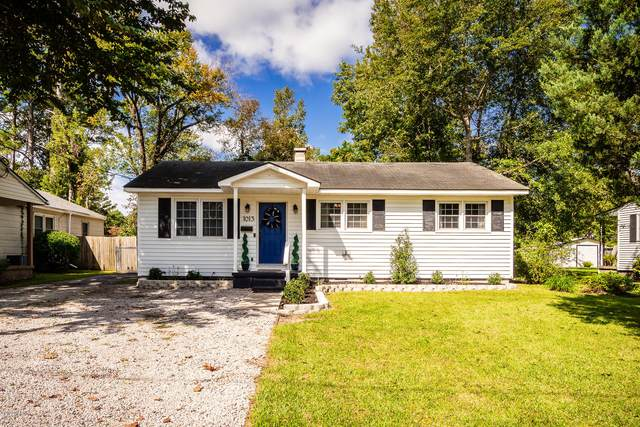 1013 Simmons Street, New Bern, NC 28560 (MLS #100237793) :: Carolina Elite Properties LHR