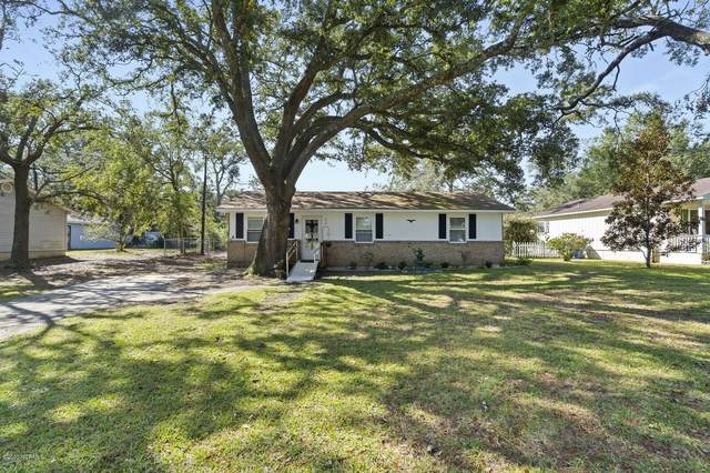 319 Herring Drive, Southport, NC 28461 (MLS #100243611) :: The Oceanaire Realty