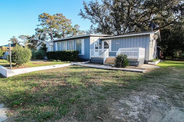 7805 E Oak Island Drive, Oak Island, NC 28465 (MLS #100244646) :: Berkshire Hathaway HomeServices Hometown, REALTORS®