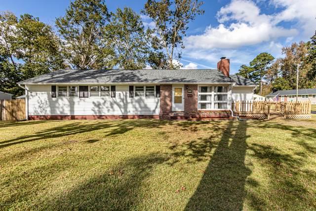 711 Davis Street, Jacksonville, NC 28540 (MLS #100244881) :: Vance Young and Associates