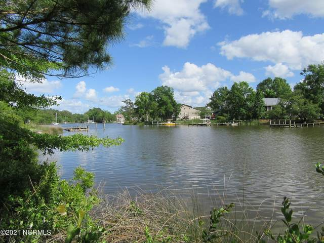 32 Spinnaker Point Road S, Oriental, NC 28571 (MLS #100253898) :: Barefoot-Chandler & Associates LLC