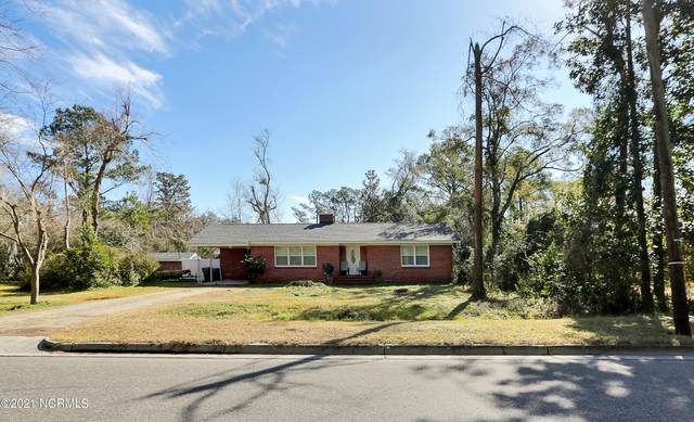 2151 E Lake Shore Drive, Wilmington, NC 28401 (MLS #100257370) :: Vance Young and Associates