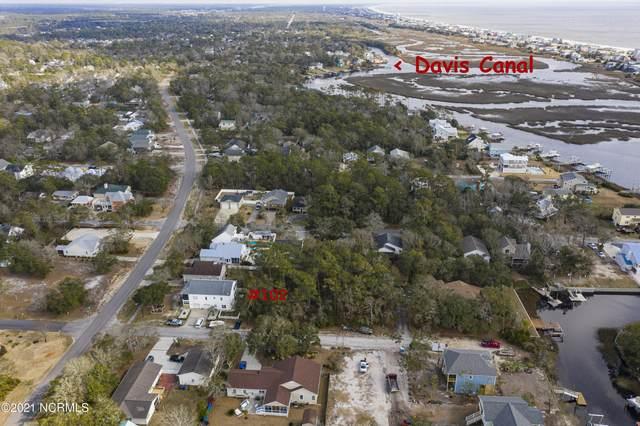 102 SW 25th Street, Oak Island, NC 28465 (MLS #100257477) :: Berkshire Hathaway HomeServices Hometown, REALTORS®