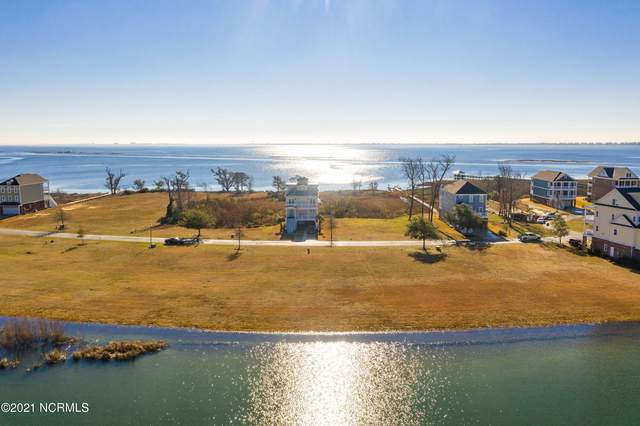 726 Cannonsgate Drive, Newport, NC 28570 (MLS #100258860) :: Barefoot-Chandler & Associates LLC