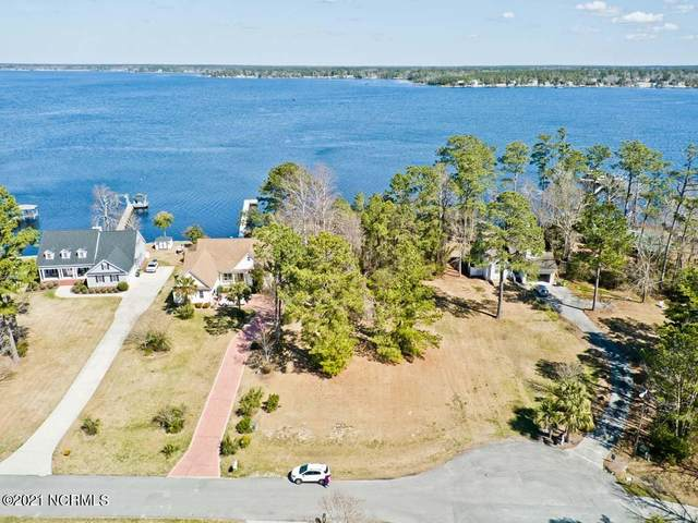 697 White Oak Crossing, Swansboro, NC 28584 (MLS #100261143) :: Donna & Team New Bern