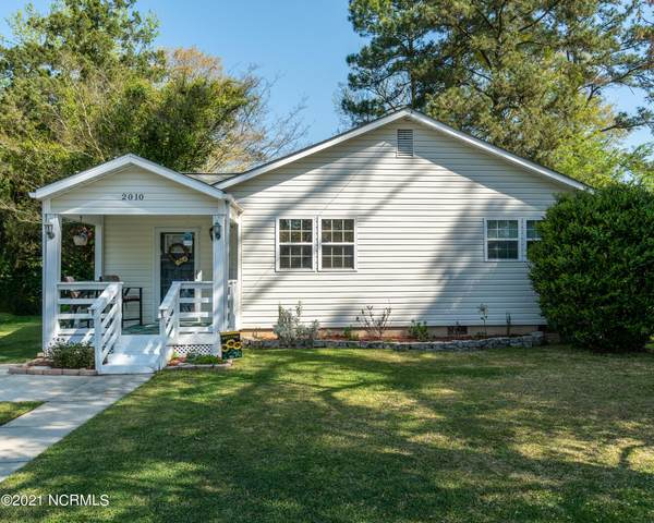 2010 Henderson Avenue, New Bern, NC 28560 (MLS #100265278) :: Stancill Realty Group