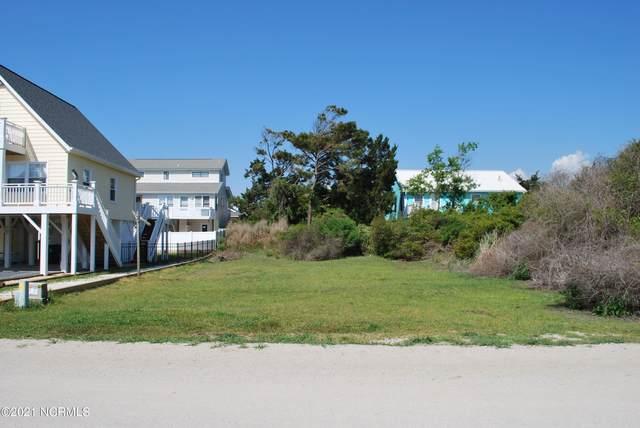 111 Seagull Drive, Holden Beach, NC 28462 (MLS #100267385) :: David Cummings Real Estate Team