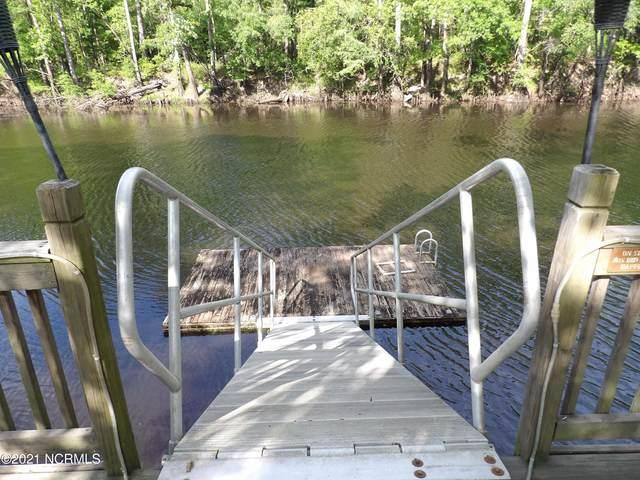 615 Riverbend Drive, Burgaw, NC 28425 (MLS #100269040) :: Barefoot-Chandler & Associates LLC