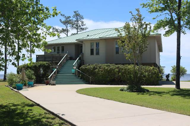 359 Neuse Winds Drive, Oriental, NC 28571 (MLS #100269620) :: The Tingen Team- Berkshire Hathaway HomeServices Prime Properties