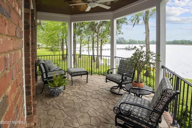3017 River Lane Lane, New Bern, NC 28562 (MLS #100270145) :: Carolina Elite Properties LHR
