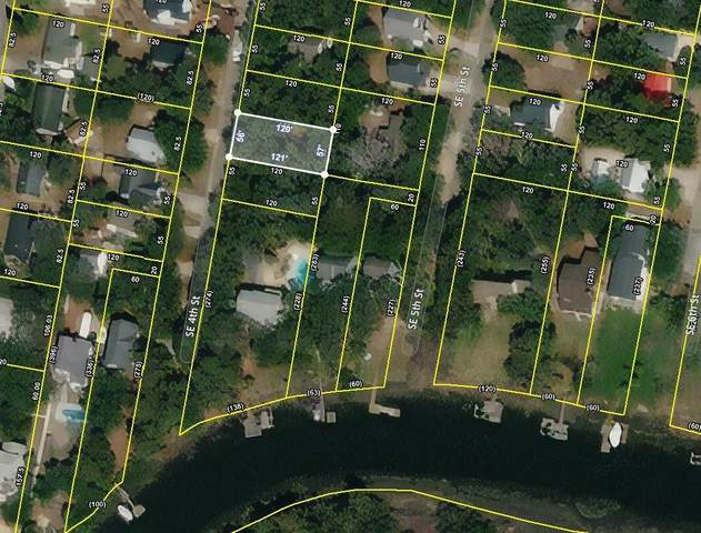 112 SE 4th Street, Oak Island, NC 28465 (MLS #100271025) :: Courtney Carter Homes