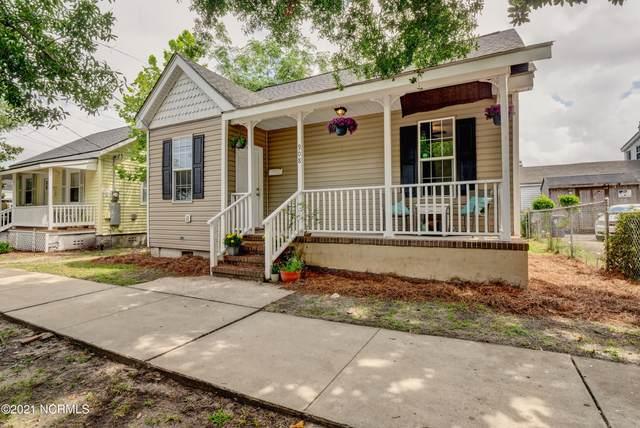 908 Walnut Street, Wilmington, NC 28401 (MLS #100282521) :: Holland Shepard Group