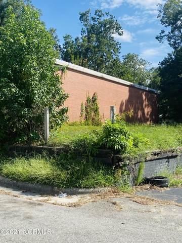 302 E King Street, Elizabethtown, NC 28337 (MLS #100289083) :: Barefoot-Chandler & Associates LLC