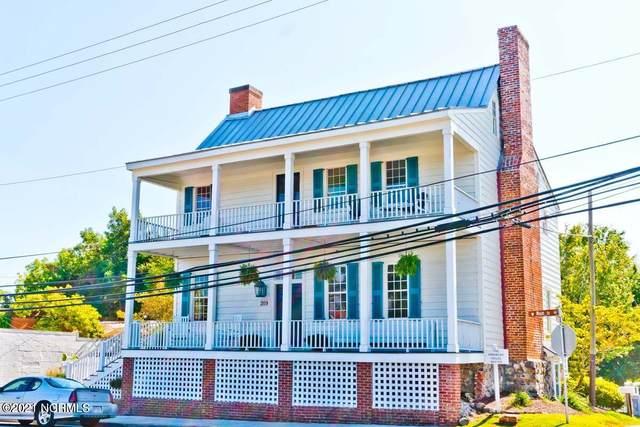 209 W Main Street, Swansboro, NC 28584 (MLS #100289491) :: Berkshire Hathaway HomeServices Prime Properties