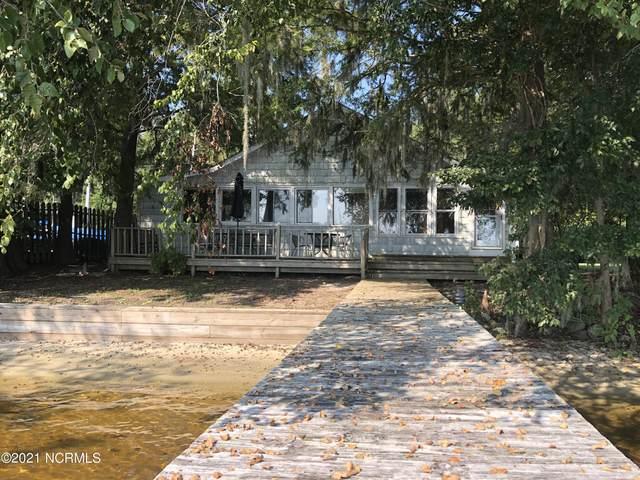 3008 Canal Cove Road, Lake Waccamaw, NC 28450 (MLS #100291133) :: The Cheek Team