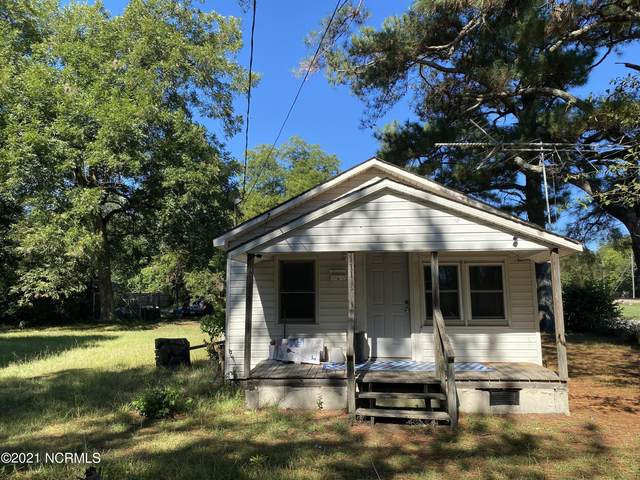 111 E Central Street, Maxton, NC 28364 (MLS #100292387) :: Barefoot-Chandler & Associates LLC