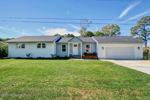 657 W Shore Drive, Swansboro, NC 28584 (MLS #100294143) :: Courtney Carter Homes