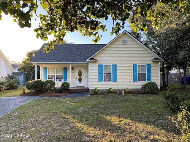 127 NE 6th Street, Oak Island, NC 28465 (MLS #100295233) :: Lynda Haraway Group Real Estate