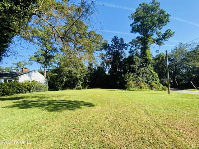 1121 Country Club Road, Wilmington, NC 28403 (MLS #100295402) :: Thirty 4 North Properties Group