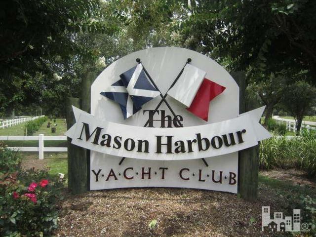 7465-24 Nautica Yacht Club Drive #24, Wilmington, NC 28411 (MLS #30520034) :: Century 21 Sweyer & Associates