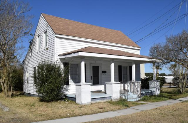 417 Turner Street, Beaufort, NC 28516 (MLS #100027000) :: Century 21 Sweyer & Associates