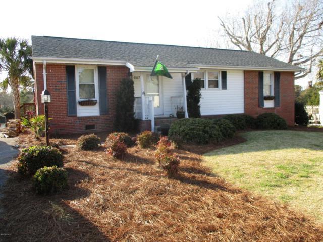 607 W Shore Drive, Swansboro, NC 28584 (MLS #100054586) :: Century 21 Sweyer & Associates