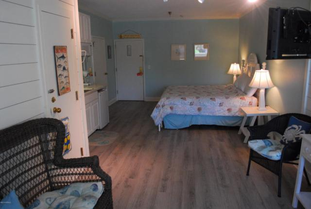 602 W Ft Macon Road #143, Atlantic Beach, NC 28512 (MLS #100117505) :: David Cummings Real Estate Team