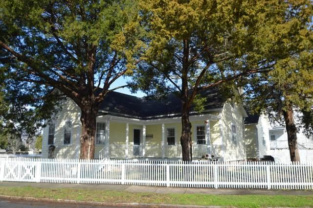532 Queen Street, New Bern, NC 28560 (MLS #100205145) :: Courtney Carter Homes