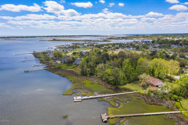 126 Hunting Bay Drive, Swansboro, NC 28584 (MLS #100214862) :: Courtney Carter Homes