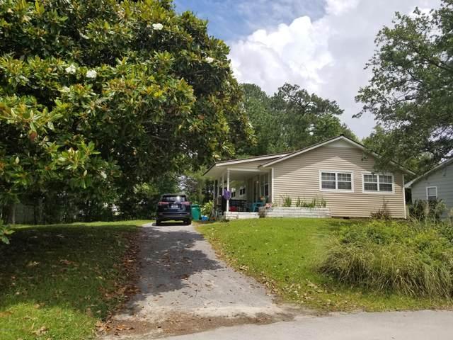 656 W Shore Drive, Swansboro, NC 28584 (MLS #100220668) :: Lynda Haraway Group Real Estate