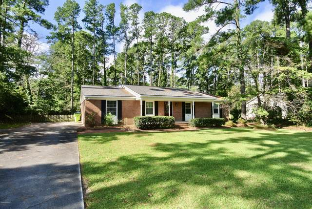 5203 Pinetree Lane, Trent Woods, NC 28562 (MLS #100228935) :: The Chris Luther Team
