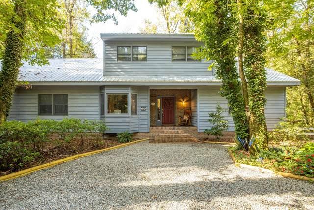 326 River Bank Lane, Greenville, NC 27834 (MLS #100241481) :: Berkshire Hathaway HomeServices Hometown, REALTORS®