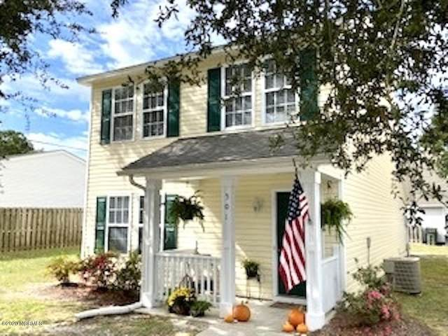 501 Angelfish Lane, Wilmington, NC 28405 (MLS #100242745) :: Destination Realty Corp.
