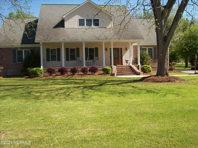 603 Robeson Avenue, Lake Waccamaw, NC 28450 (MLS #100253709) :: Castro Real Estate Team