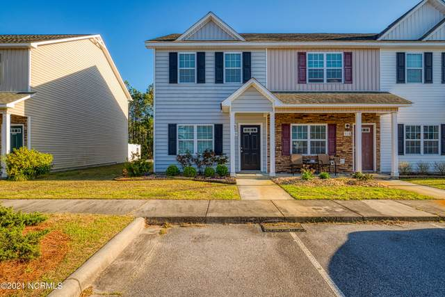 520 Oyster Rock Lane, Sneads Ferry, NC 28460 (MLS #100263703) :: David Cummings Real Estate Team