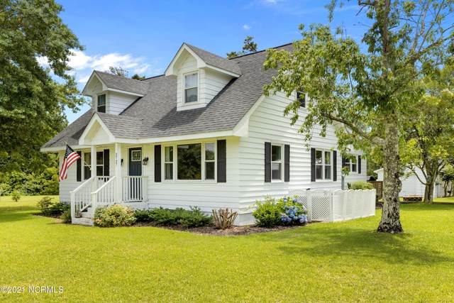 2727 Myrtle Street, Morehead City, NC 28557 (MLS #100275504) :: CENTURY 21 Sweyer & Associates