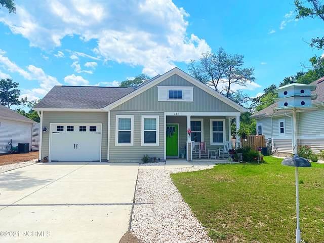123 NE 7th Street, Oak Island, NC 28465 (MLS #100277293) :: Aspyre Realty Group | Coldwell Banker Sea Coast Advantage