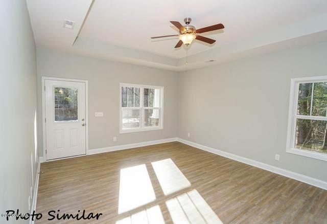 1249 Dan Owen Drive, Hampstead, NC 28443 (MLS #100292407) :: Barefoot-Chandler & Associates LLC