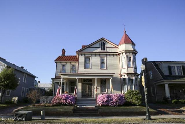207 Pollock Street, New Bern, NC 28560 (MLS #100064392) :: Century 21 Sweyer & Associates