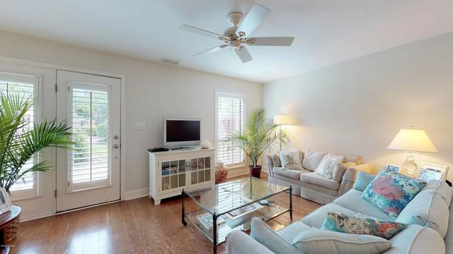 151 Beaufort Court, Morehead City, NC 28557 (MLS #100177714) :: Carolina Elite Properties LHR