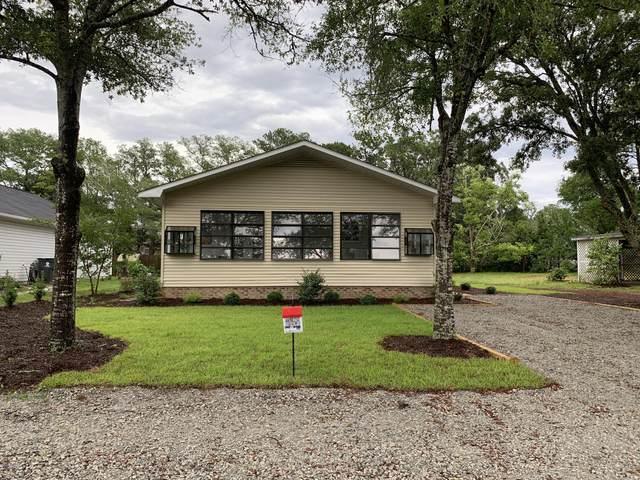 136 NW 10th Street, Oak Island, NC 28465 (MLS #100218632) :: Courtney Carter Homes