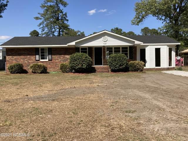 135 Bea Lane, Clinton, NC 28328 (MLS #100267313) :: CENTURY 21 Sweyer & Associates